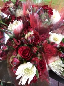 Deluxe Holiday Bouquet $17.95